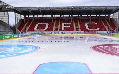 """""""Teuflische Weihnachtsmänner"""": Sponsoren, KG und Beirat bringen EC-Fans nach Offenbach"""